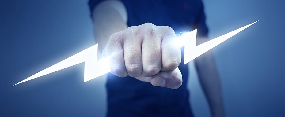 Teollisuussähkäri sähkötyöturvallisuuskortti asiakastarina koulutus